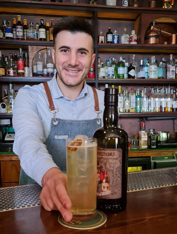 Luca Romano bartender del 1000 Misture di Casarano